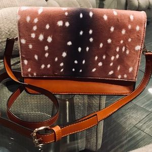 Handbags - ✨New✨Deer Print Crossbody!